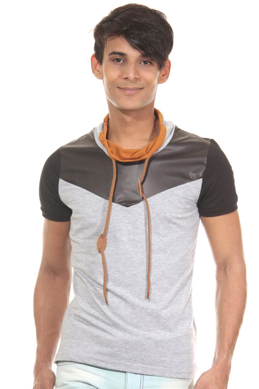 Artikel klicken und genauer betrachten! - grau Style kann so lässig sein! Das coole T-Shirt von R-NEAL. Das Shirt ist schmal geschnitten und hat einen Schalkragen. Blickfang ist das modische Dreifarben-Design. Das T-Shirt passt perfekt zu Jeans oder auch Bermudas. - lässiges T-Shirt von R-NEAL - hoher Tragekomfort durch Mischmaterial - Schalkragen in Kontrast-Design - in modischem Dreifarben-Design - schmale Passform - Rückenlänge Größe S-XXL ca. 61-64 cm S eit 1989 kreiert das Label R-Neal hochwertige Herrenmode im Bereich Street- und   im Online Shop kaufen