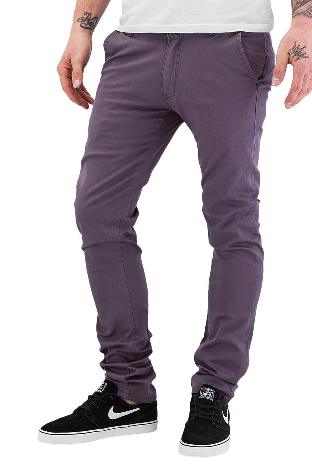 JUST RHYSE Basic 2.0 Chino Pants Dark Grey auf oboy.de