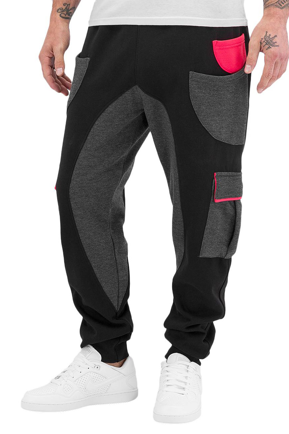 JUST RHYSE Round Sweat Pants Black auf oboy.de
