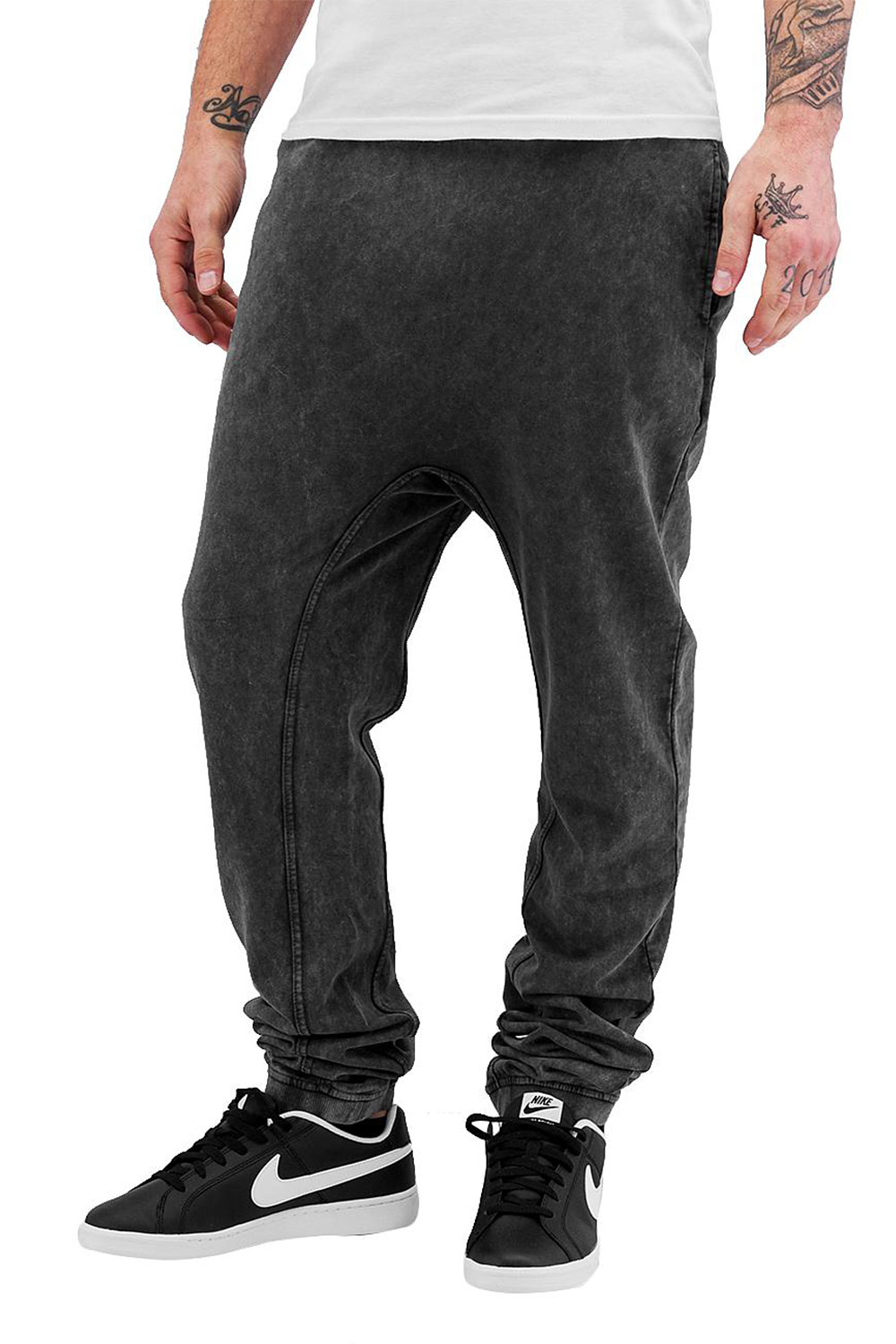 JUST RHYSE Used Look Sweat Pants Black auf oboy.de