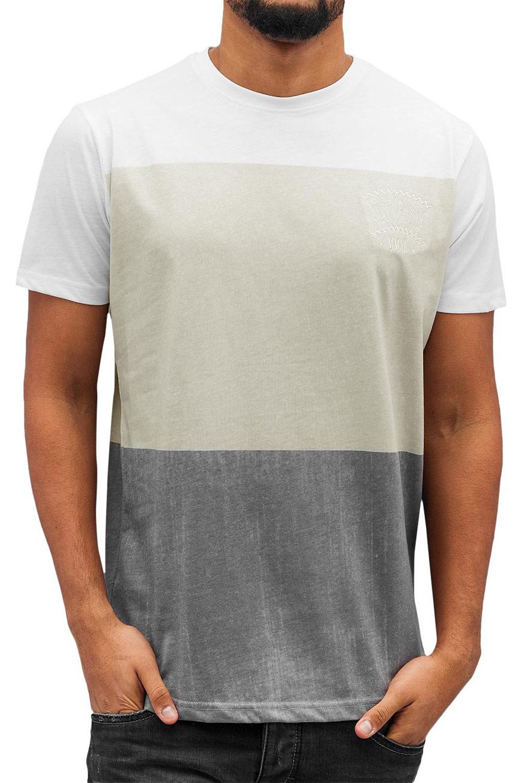Artikel klicken und genauer betrachten! - weiß - dreifarbiges T-Shirt von Just Rhyse - gerippter Rundhalsausschnitt - Markenlogo-Stitch auf der linken Brust - weiches, leicht elastisches Material - bequeme Passform Material: 50% Baumwolle, 50% Polyester JUSTRHYSE001 | im Online Shop kaufen