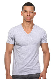 IMPETUS THERMO T-Shirt V-Neck auf oboy.de