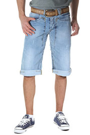 BRIGHT DENIM Shorts 3/4 auf oboy.de