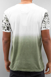 JUST RHYSE Roses T-Shirt Green auf oboy.de