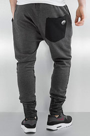 JUST RHYSE Shadow Sweat Pants Anthracite auf oboy.de