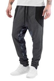 JUST RHYSE City Sweatpants Black auf oboy.de